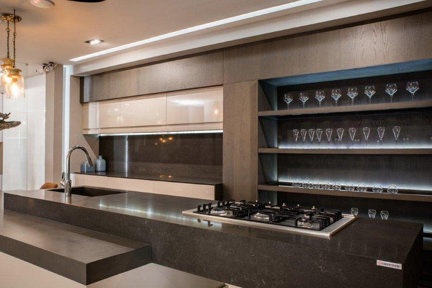 Kitchen designs in johannesburg home design for Kitchen designs johannesburg